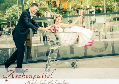 © Aschenputtel - Märchenhafte Hochzeitsfotos (Link zum Profil: http://hochzeits-fotograf.info/hochzeitsfotograf/aschenputtel-marchenhafte-hochzeitsfotos)
